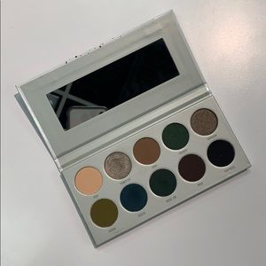 "Jaclyn Hill X Morphe ""Dark Magic"" Palette"